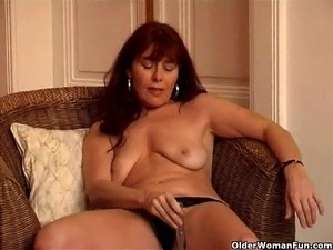 rubbing pussy with vibrator