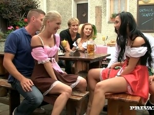 young amateurs girls party