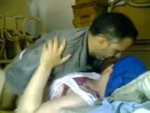 ametauer cute couples orgasm picture