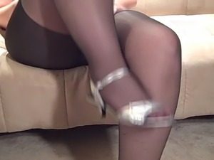 amateur pantyhose galleries daily