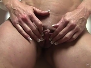 amateur big clit videos