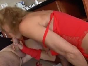 anal grannys pics
