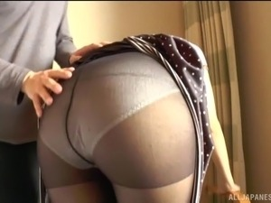 stuffing pantyhose in pussy pictures
