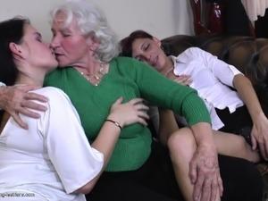 mature lesbians dominate men