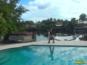 tits pool movie