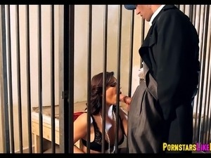 jail blowjob video