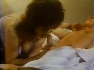 nephew licking sexy aunt pussy