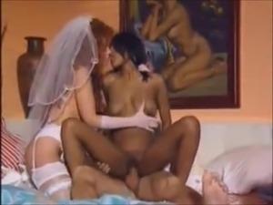 housewive threesome tube
