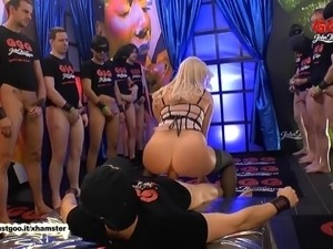 free videos of sexy german chicks