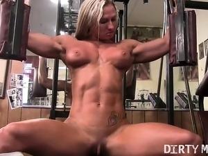 butt candid gym girl