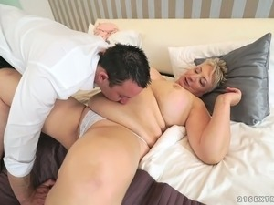 fuck my girlfriends fat mom