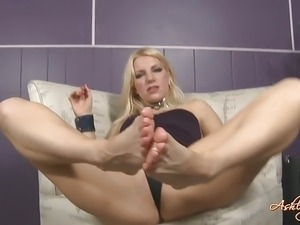 black ebony tranny foot worship