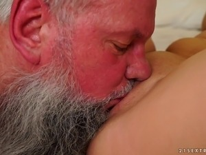 free online porn natural tits video