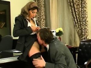 Sex scenes from secretary