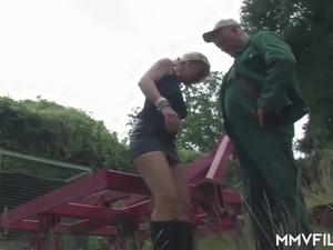 old fat bitch hardcore porn