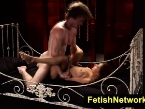 free pictures of shemale bdsm