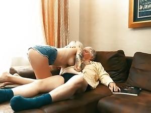 russian old man fuck girl
