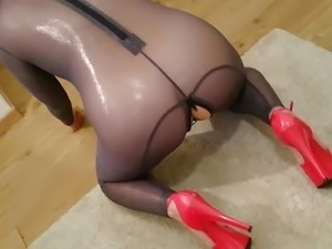 latex pussy torture