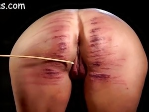 videos spank young butts