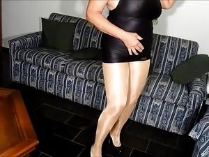 upskirt public ass pussy pantyhose