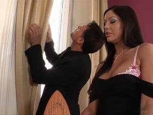 ebony cougar porn