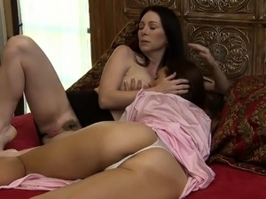 Latinas lesbos sexual porno
