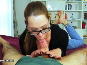 girl gives blowjob in car