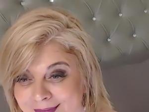 Nude girl cam