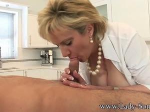 kitchen scrubber in pussy