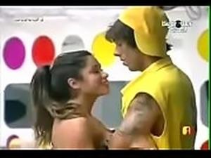 Shilpa shetty boob slip big brother