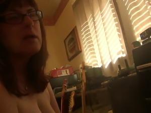 webcam girl bathroom