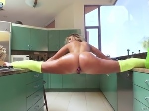loona anal videos