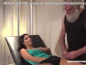 erotic stories doctor pussy