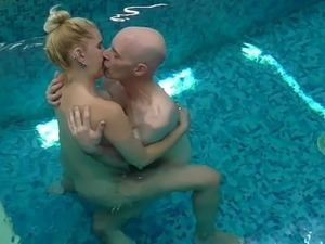 nude girls swimming pool video