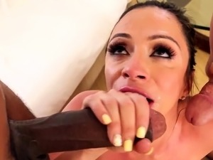 Cum swallowing whore