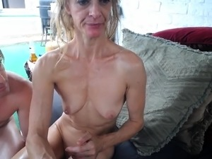 girl on girl strapon sex pictures