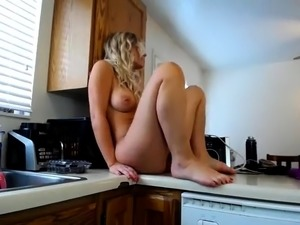 tight young pussy fingering videos