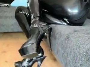 latex pussy pump