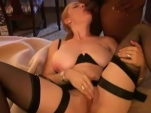 beautiful glamour cougars movies