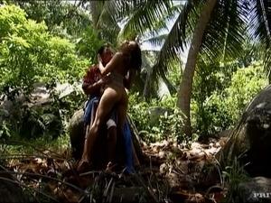 outdoor sex pics thumbnails