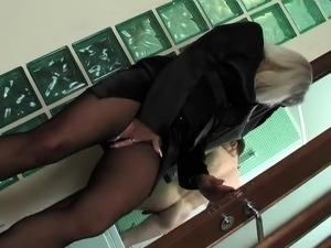 sexy pantyhose babes