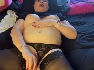 girls putting on lingerie videos