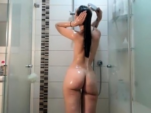solo girl orgasm webcam