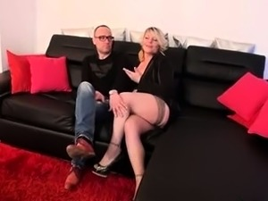 videos girls in stockings