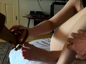 foot and pussy